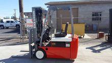 2005 Nissan TN01L18HV Forklift