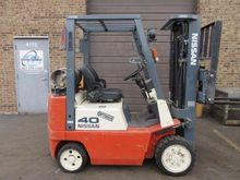 1999 Nissan CUJ02A20PV Forklift
