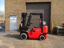 2001 Nissan CPJ02A25PV Forklift