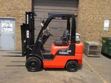 2005 Nissan MPL01A20LV Forklift