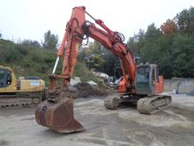 Used 2006 HITACHI in