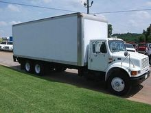 2001 INTERNATIONAL 4900