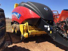 2013 NEW HOLLAND BIG BALER 330P