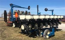 Used KINZE 3500 in B