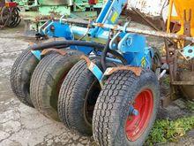 2001 Karneol field roller GX114