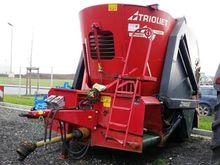 2008 Triomix 1-1200 feed mixer