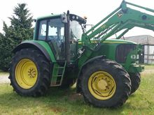 Used John Deere 6820