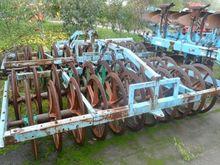 DRP 300 field roller WY11320