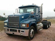 2009 MACK CH600