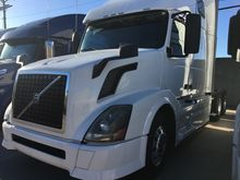 Used 2014 VOLVO VNL
