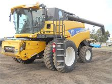Used 2012 HOLLAND CR
