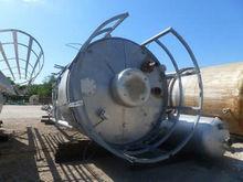 585A-1040 Vessels