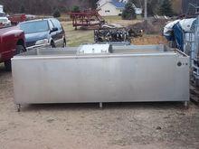 500 gallon DariKool, Farm tank