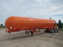 2000 Weldex Tridem Tanker Trail