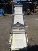 Incline cleated conveyor 2.9 x