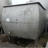 Stainless steel tub with agitat