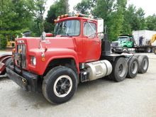 1990 Mack R688ST Tractor Unit