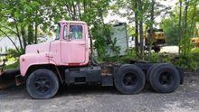 1975 Mack U686ST Tractor Unit