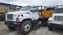 1999 GMC TOPKICK C6500 Truck