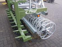 Used Fliegl 3M in Eu