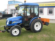 Used 2015 Holland Bo