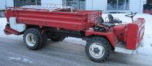 Lindner Transporter mit Ladewag