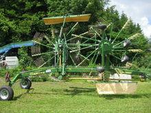2013 Krone Swadro 810