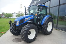 2017 New Holland T4.95
