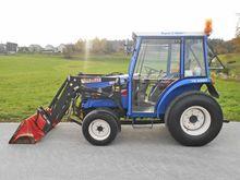 Iseki Traktor 4-Radantrieb TG 5