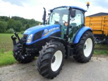 2017 New Holland T 4.95