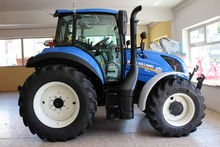 2017 New Holland T5.120