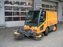 2002 MFH 2500