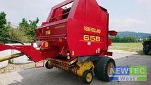 2001 New Holland 658 CC