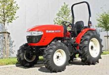 2017 Branson 5025R Traktor Schl