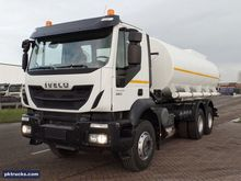 Iveco Trakker AD380T38H stainle
