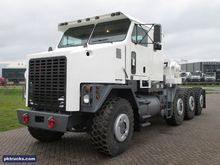 New Oshkosh M1070 in