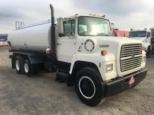 1987 FORD L8000