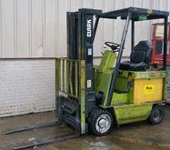 Used CLARK ECS25 in