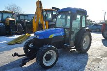 New Holland vineyard tractor TN