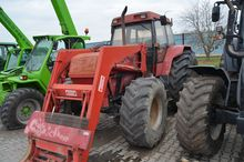 Case 5140 tractor with loader