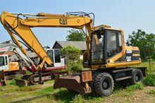 Wheel excavator Caterpillar M31