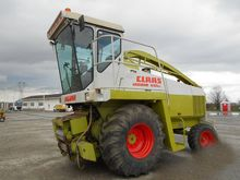 Claas Jaguar 695SL forage harve