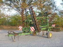 Stubble cultivator John Deere 4