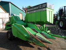 Cornlier corn picking machine D