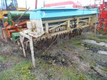 Paioase drills Sulky Tramline