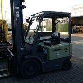 2011 UN Forklift FB25-FAZ1