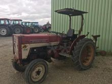 1970 Case IH 323 Orchard tracto