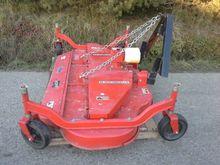 Caroni TC910 Crescent Mower 2,3