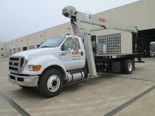 2013 NATIONAL TRUCK CRANE 18 TO