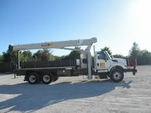 2010 NATIONAL TRUCK CRANE 20 TO